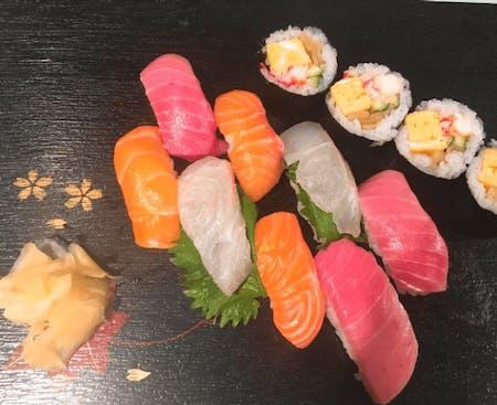 Enjoy making Sushi, miso soup & Matcha(Tea ceremony)!