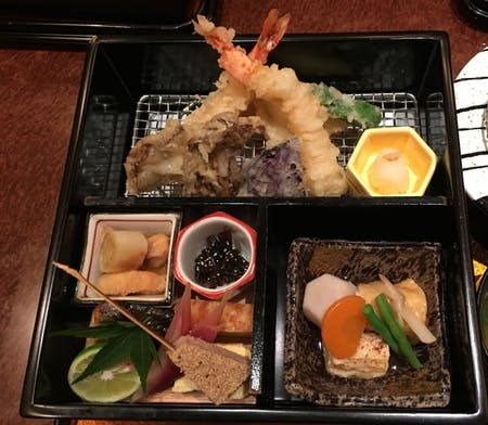 Let's make Japanese authentic Bento box (tempura, sashimi, and other dishes) and miso soup