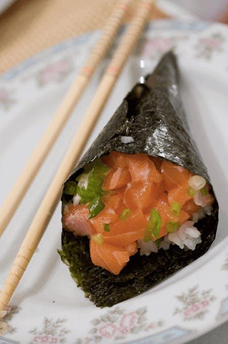 Temaki Sushi (Handrolled Sushi)