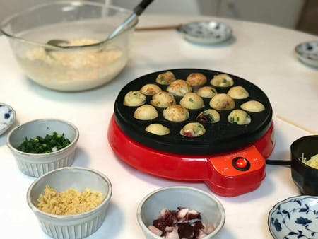 Takoyaki(Octopus Ball) Party ~A classic Japanese home party~