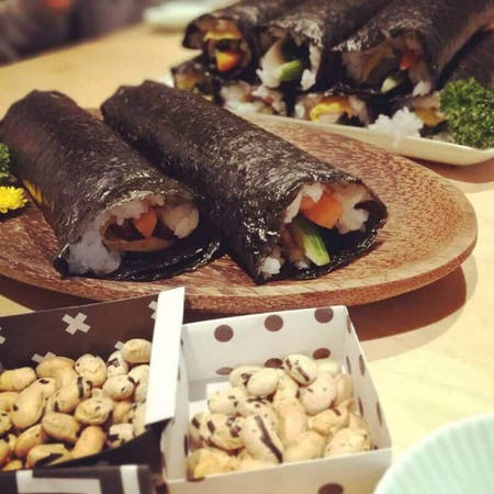 MAKIZUSHI(Sushi rolls)