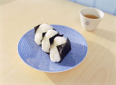 Onigiri and basic side dishes (vegan friendly)