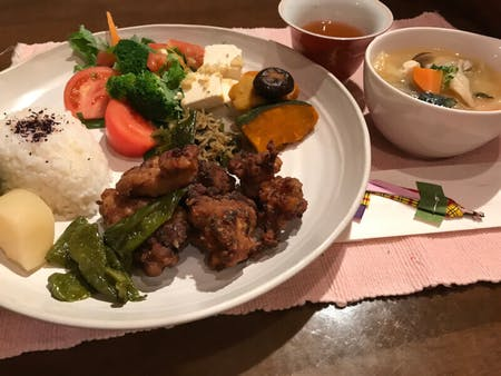 Japanese fried chicken cooking