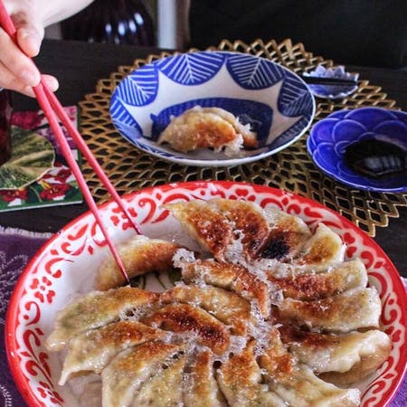 2 kinds of gyozas&Ozoni (Japanese new year's food Michi in the soup)\r\n\r\n\r\n