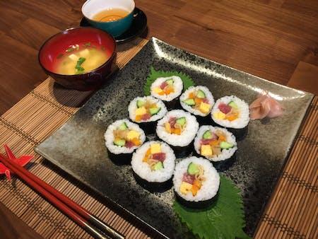 Maki sushi & Karaage