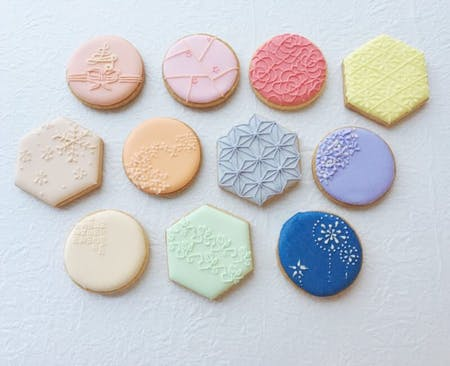 Japanese pattern icing cookies
