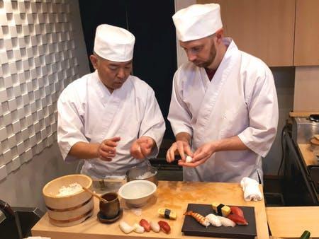 【Enjoy】Sushi classes taught by professionals