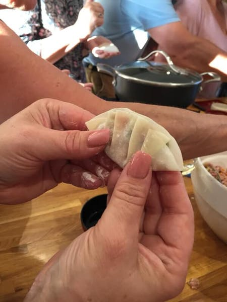 Gyoza cooking class from scratch in Tokyo !\n