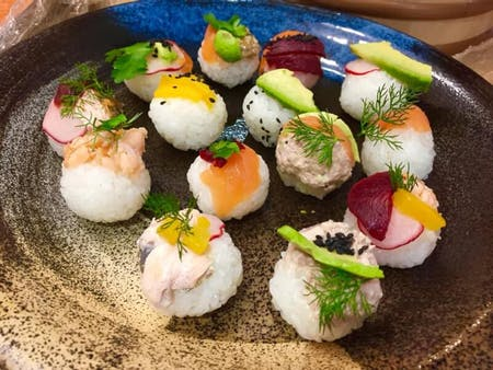 Sushi making can be fun! \r\n\r\nThis class is well thought out class as we will be using ingredients which you can get hold of back home. \r\n\r\nLet\'s make your stay in Japan extra special with me!