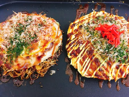 ■online■ Okonomiyaki (Japanese savory pan cake)