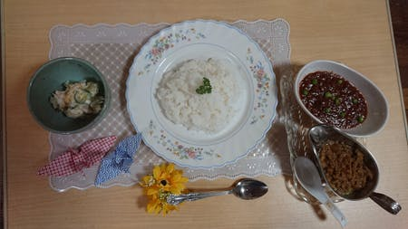Learn How to Cook a Simple Japanese Lunch: Japanese Curry or Hayashi Rice