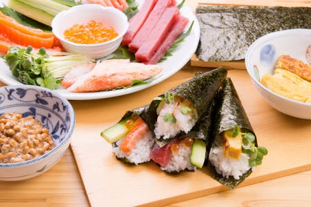 No rules! Hand-rolled sushi makes great get-together!