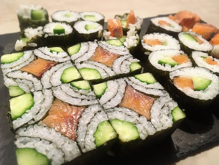 Let\'s make casual Sushi Roll and Art Sushi Roll in Akaigawa (near Niseko)