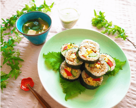 Vegan Sushi and Miso soup at local home:)
