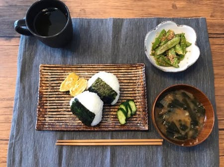 Rice ball(Onigiri) and Nagoya miso soup.