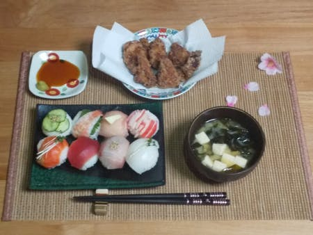 Let's cooking!!・Temari sushi ・Fried chicken ・Miso soup