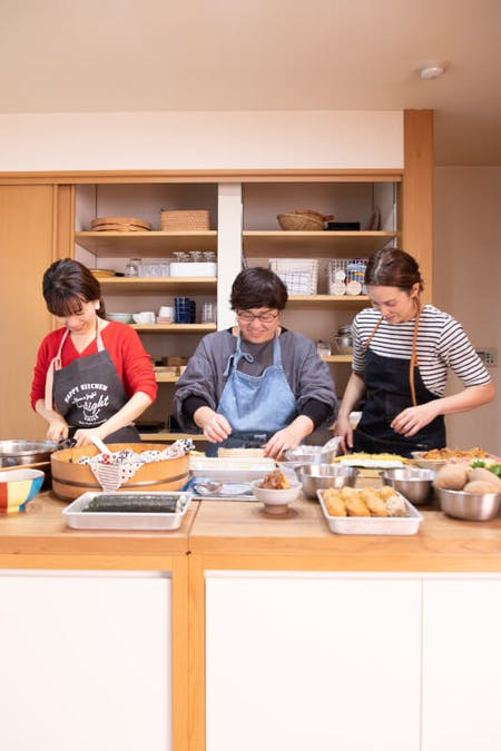 Bento box cooking class in unspoiled Low-Key Tokyo
