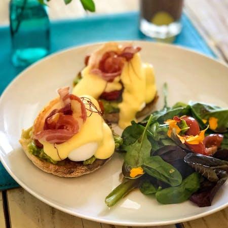 Online cooking class: Eggs Benedict