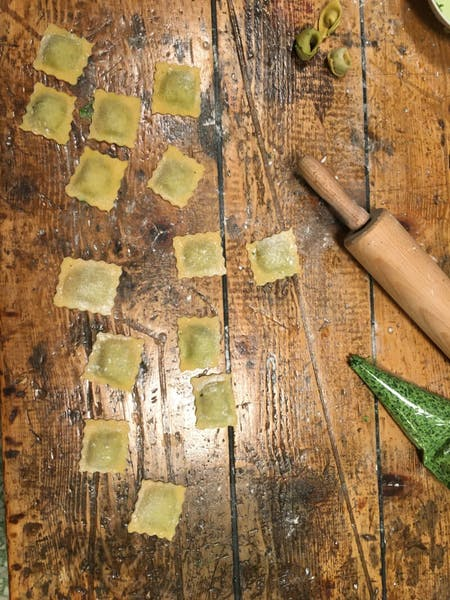 Online fresh pasta cooking class. Traditional Italian cooking with Michelle