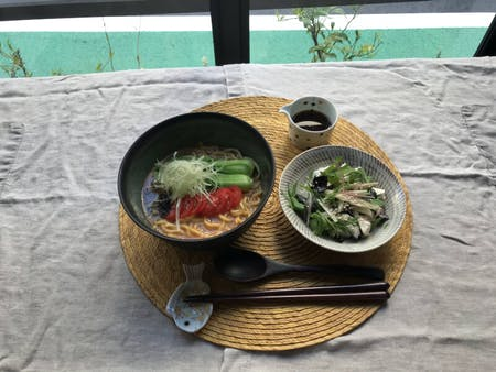 ONLINE: Spicy and Creamy Vegan Ramen, Tofu Salad, and Easy Black Sesame Icecream!
