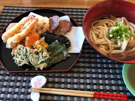 【ONLINE UDON FROM SCRATCH】【JST9:00am-/12pm-】Dancing On The Dough To Make Japanese Udon And Crispy Tempura!