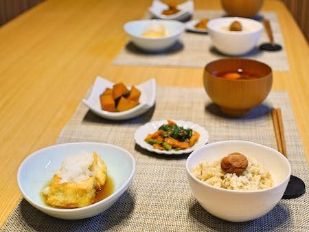 //Organic//Agedashi-dofu and seasonal vegetable dishes