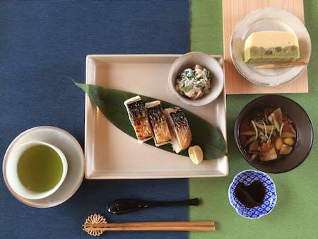 Japanese Food(sushi,toraditional miso soup)
