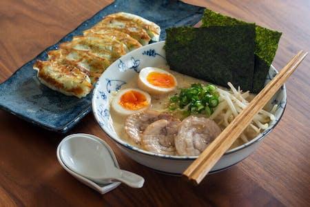 Homestyle Ramen cook & Gyoza from scratch