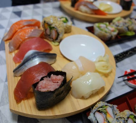 Enjoy Sushi Making and Japanese things