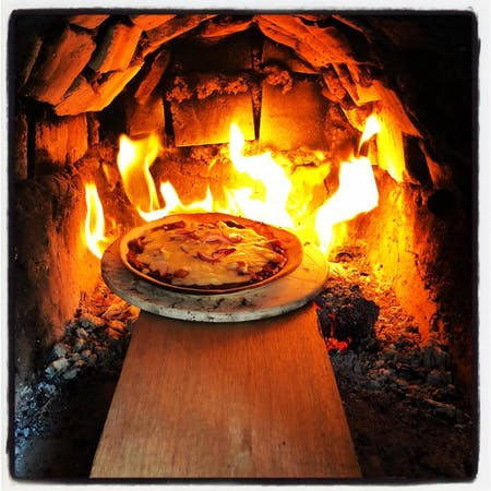 Pizza in old Japanese house