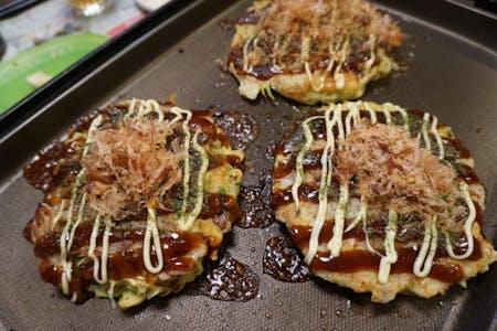 Okonomiyaki(Japanese pan cake)
