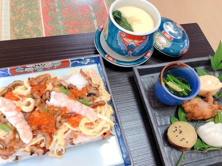 Enjoy Japanese foods!