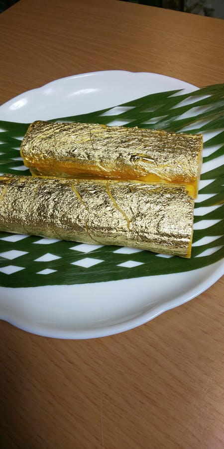 Gold Leaf Sushi, Decorative Chirashi Sushi, and Other Types of Sushi!