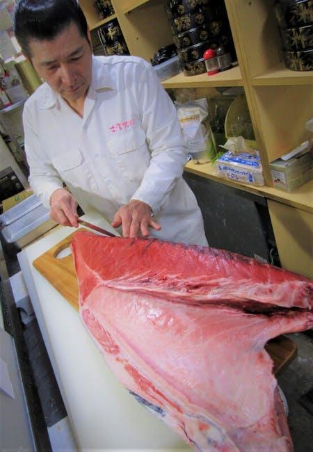 Make Real Sushi with Sushi Master at Sushi Restaurant in Ninja Town Iga