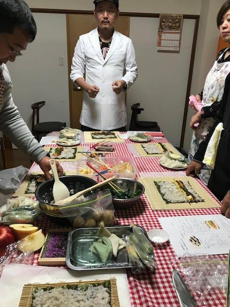 Sushi rolls! Nigiri Sushi! Vegetable sushi! Let's make sushi together