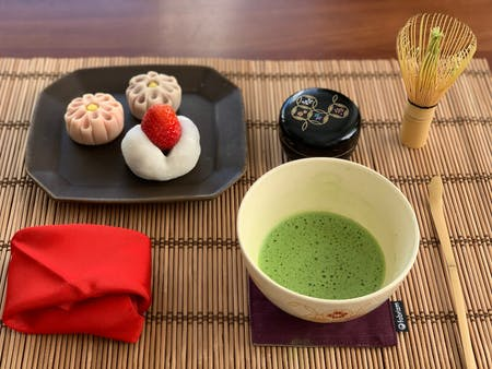 Two types of Wagashi and Tea Ceremony (From January to April)