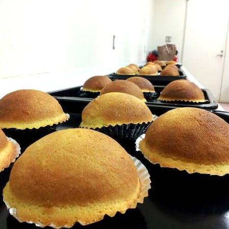 Sweets making using Japanese matcha, bean jam(An), Black honey, etc.