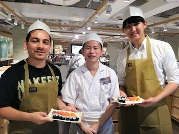 Tsukiji Old Outer Market Tour + Nigiri Sushi Making with Sushi Master