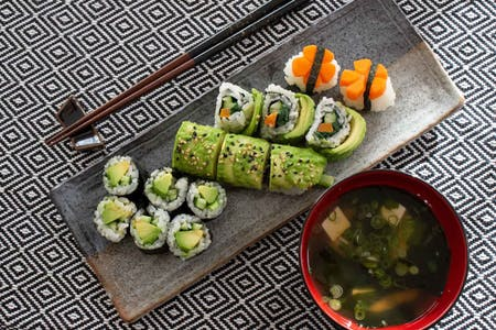 Hands-on Healthy VEGAN SUSHI & miso soup