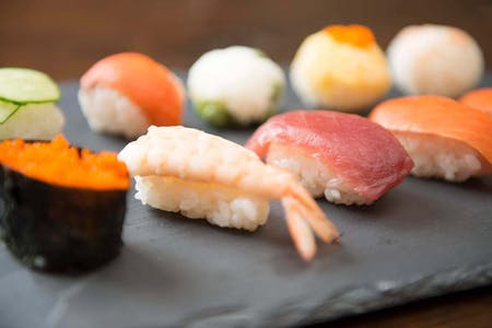 Let\'s make your own sushi!