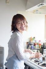 host-Aki
